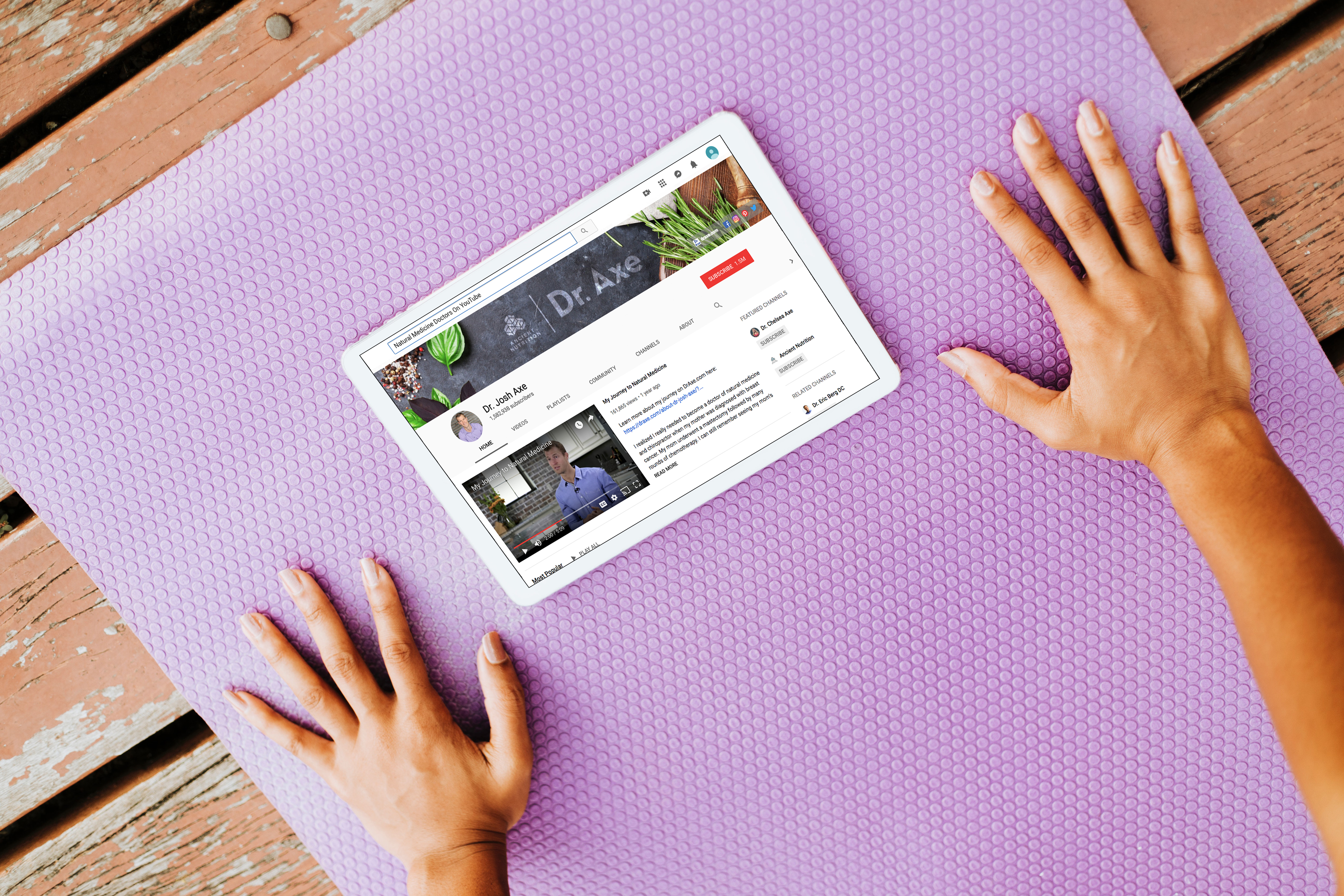 heathcare-yoga-close-up